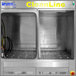 CleanLine 1500 | working area with ball caster table | High-pressure hose with various nozzles